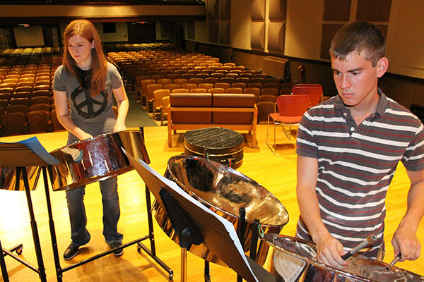 UW-Superior students play steel drums