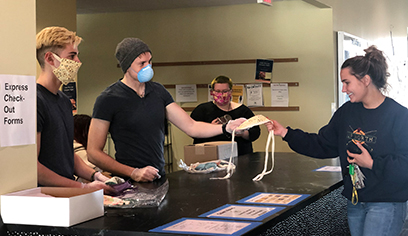 UWS faculty, student volunteers ensure students living on campus have masks