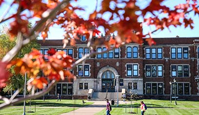 UW-Superior enrollment bucks the trend, holds steady