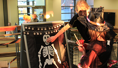Residence halls welcome Halloween trick-or-treaters