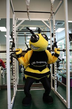 buzz get's his workout on!